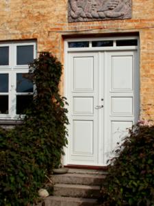 hvid facadedør